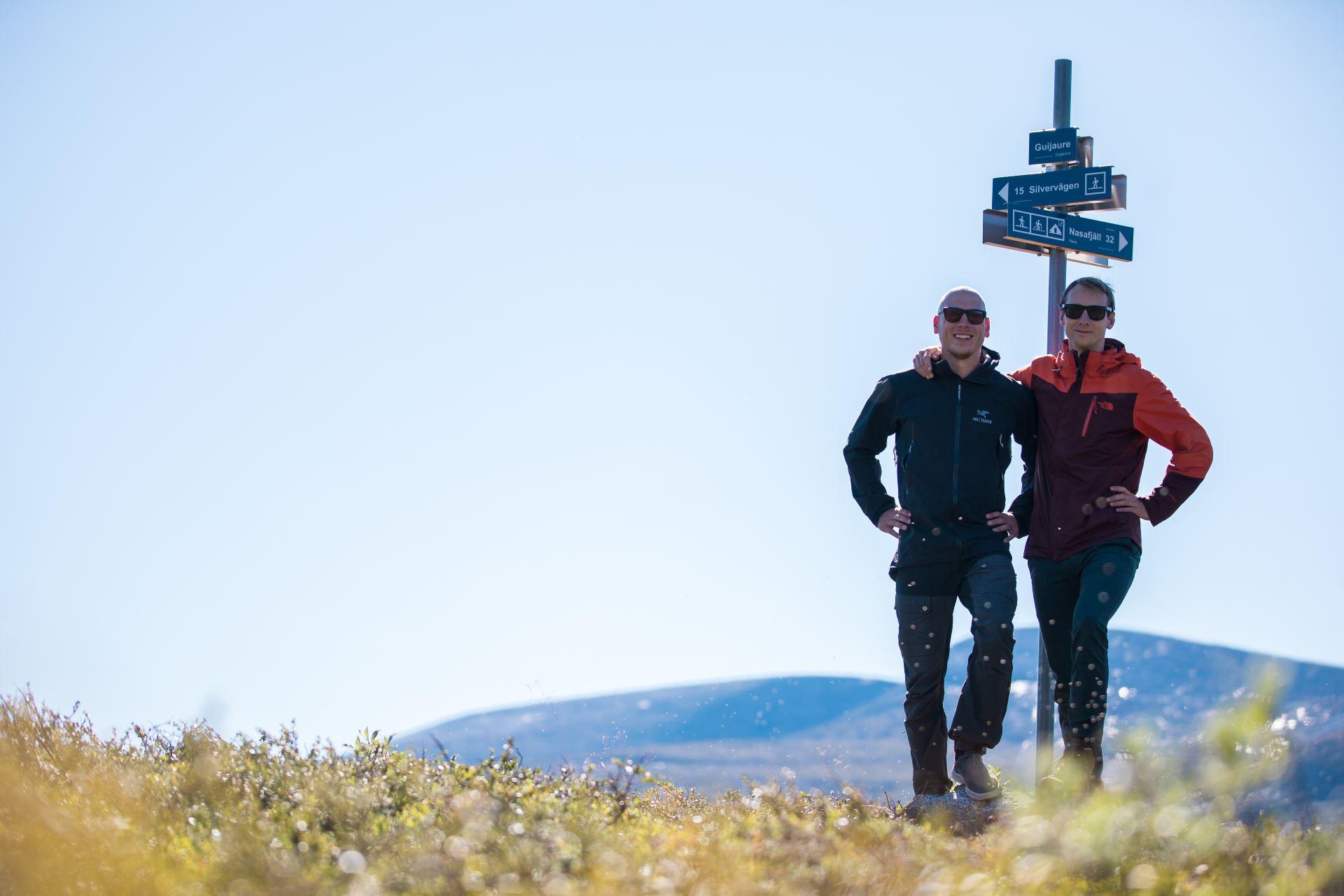 Bas en Koen bij startlocatie Polärskog Trail